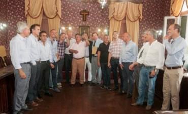 Intendentes del Frente Renovador en Mercedes con la presencia de Javier Mignaquy