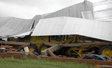 Tornado provocó severos destrozos en Tordillo