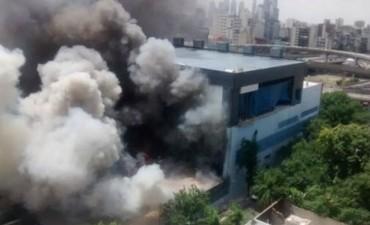 Controlan el incendio en los estudios de Canal 13 y TN