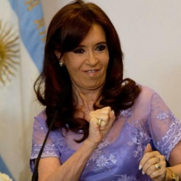 """Nisman: Charla con un instructor de """"escuelas de agentes"""" que enseña """"cómo se simula un suicidio"""" by Alesia Miguens"""
