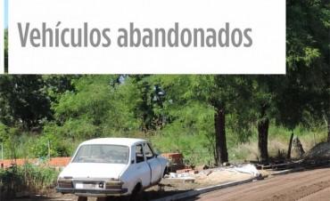Se intima a poseedores de autos abandonados en la vìa pùblica: