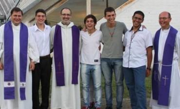 Ingresan nuevos seminaristas, entre ellos un joven Toldense