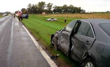 Tres vehículos fueron participes de un nuevo accidente vial en ruta 5, entre Chivilcoy y Suipacha
