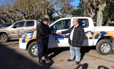 Se entregó una nueva unidad Móvil, destinado a la Patrulla Rural