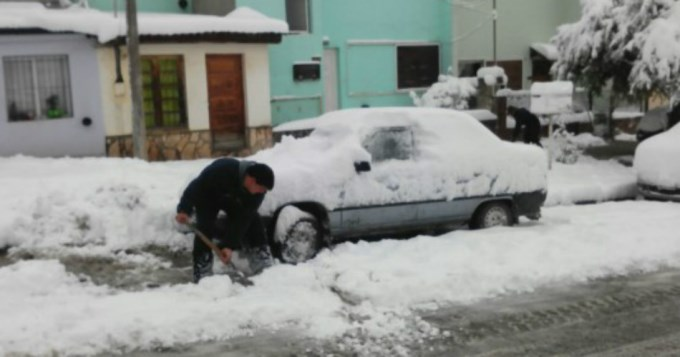 Chubut sufre un intenso temporal de nevadas y lluvias