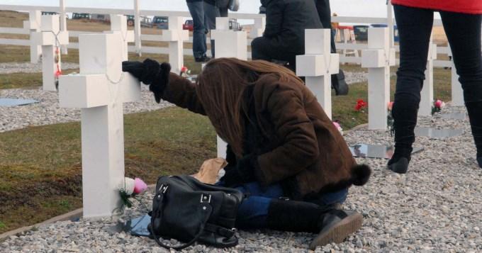 Reconocer a los héroes caídos en Malvinas
