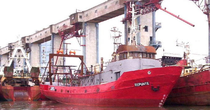 Se hundió buque en Chubut: un muerto y nueve desaparecidos