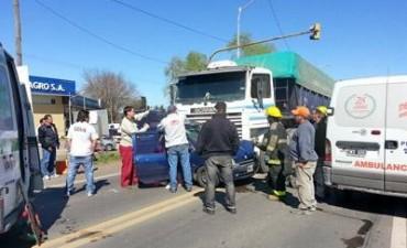 Un camión conducido por un chofer de Los Toldos chocó en Pergamino