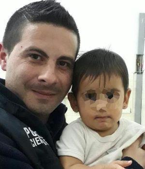 Policía héroe le salvó la vida a una beba de 9 meses en Castelar