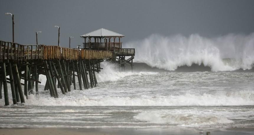 La furia de la naturaleza. El huracán Florence azota la costa este de Estados Unidos