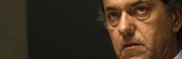 Un Scioli desesperado estudia peronizarse sin el cristinismo by Carlos Tórtora