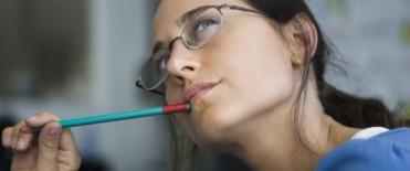 Las mujeres rinden más que los varones en las escuelas primarias y secundarias