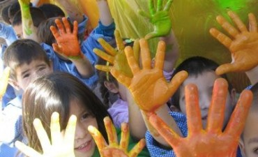 28 de Mayo: Dia de las Maestras Jardineras y de los Jardines de Infantes.