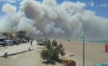 Enorme incendio en Claromecó