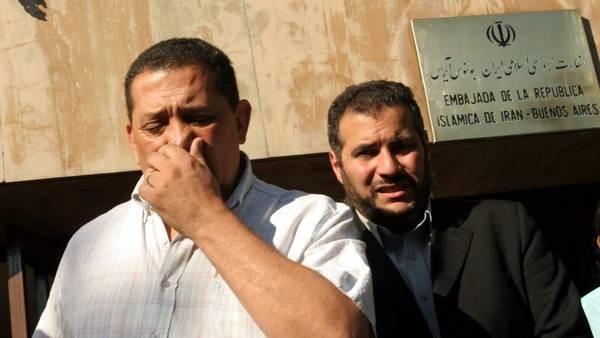 D'Elía y Khalil habrían estafado a la embajada iraní cobrándole 6 millones de dólares por el levantamiento de las circulares rojas
