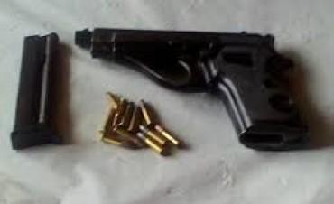 A disparos de arma la policia detiene a personas en la zona rural de nuestro distrito