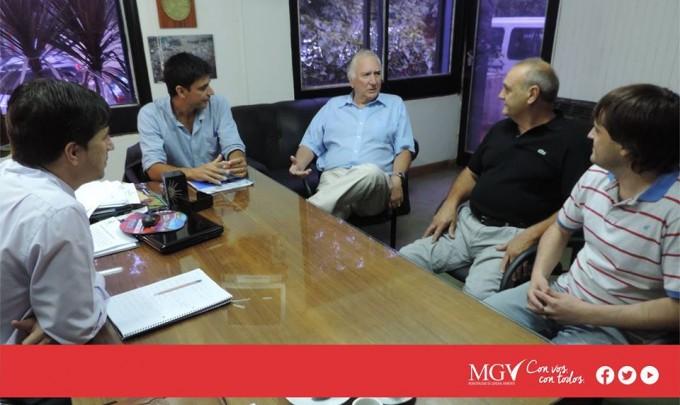 El intendente del municipio de Gral Viamonte, se reune con empresarios, lo hizo en la mañana de èste Martes