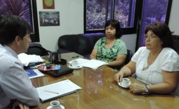 Responsables de la comisión del CIC del barrio Pueyrredon se reúnen con el intendente