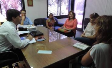 El Dr Franco Flexas se reune con integrantes del Consejo Escolar