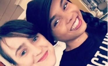 20 años después: Matilda y Lavender en una divertida selfie