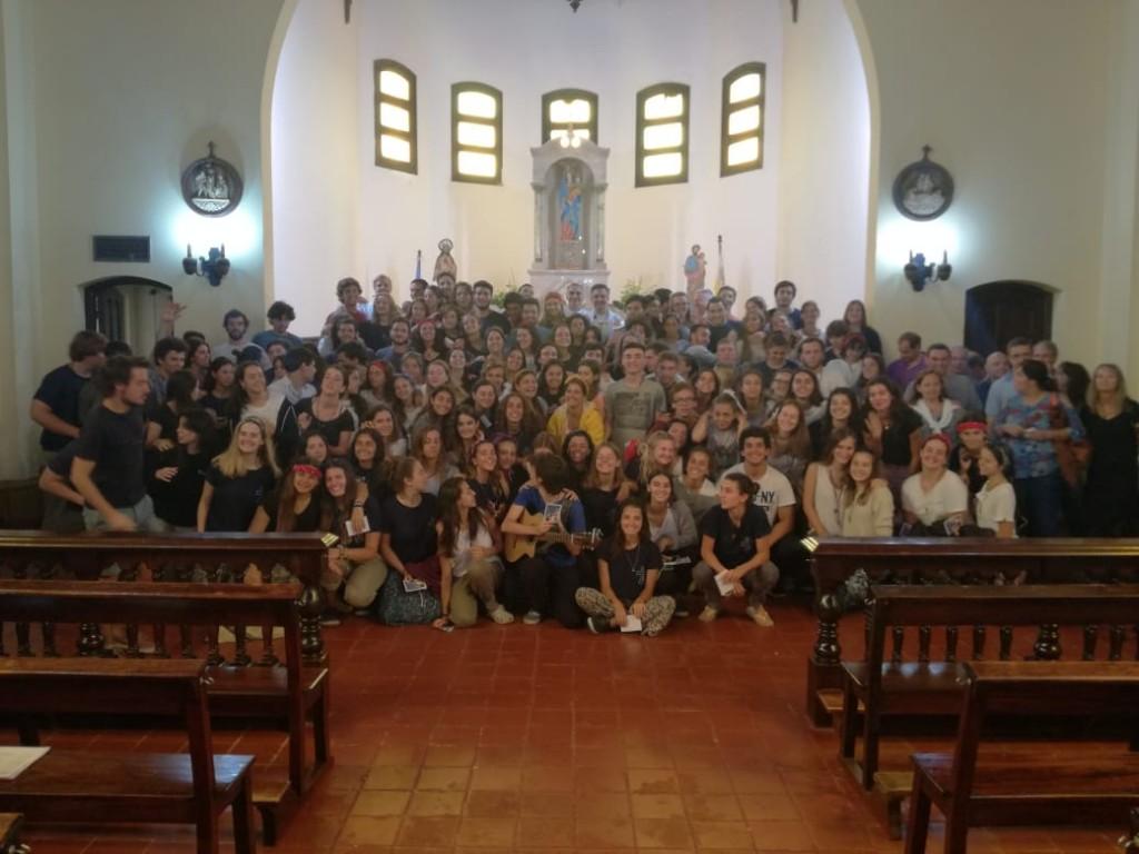 Los jóvenes inundan las comunidades con su testimonio de fe