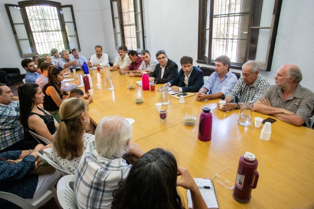 Kicillof se reunió con pequeños y medianos productores agropecuarios