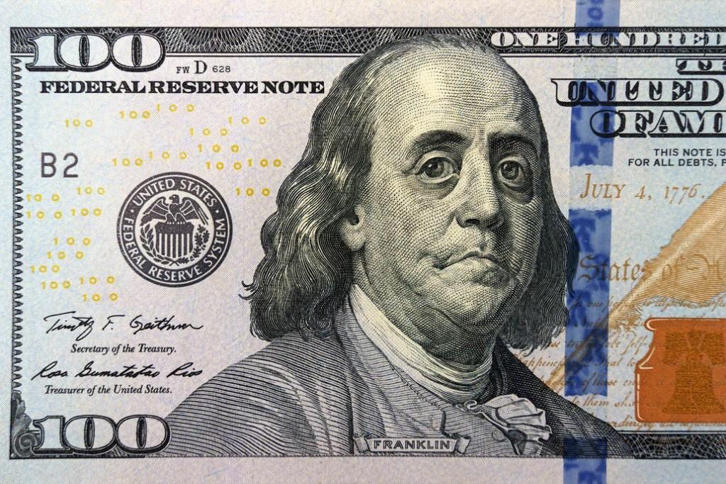 Los errores más comunes al guardar dólares en nuestro domicilio
