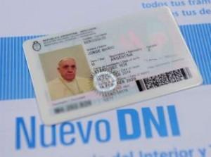 El papa quiere seguir siendo argentino