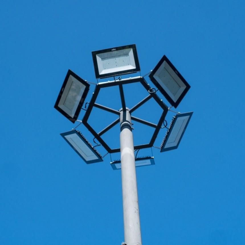 Iluminación LED en Plaza Rivadavia