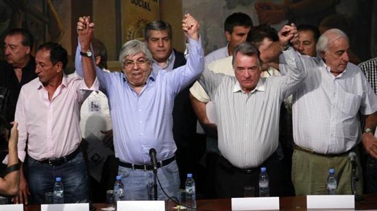 El paro nacional de Moyano y Barrionuevo será el 10 de abril