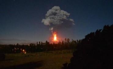 Alerta máxima y más de 3.000 evacuados en Chile por la erupción del volcán Villarrica