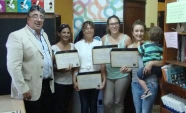 Programa de Educación Tributaria, se concretó la entrega de certificados a docentes que aprobaron el curso