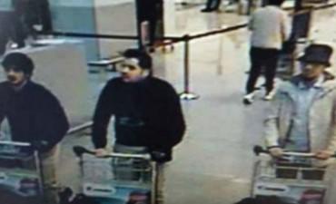 Difundieron imágenes de los sospechosos de los atentados