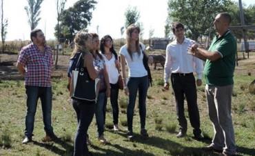El intendente Franco Flexas visita el CEPT Nº 21