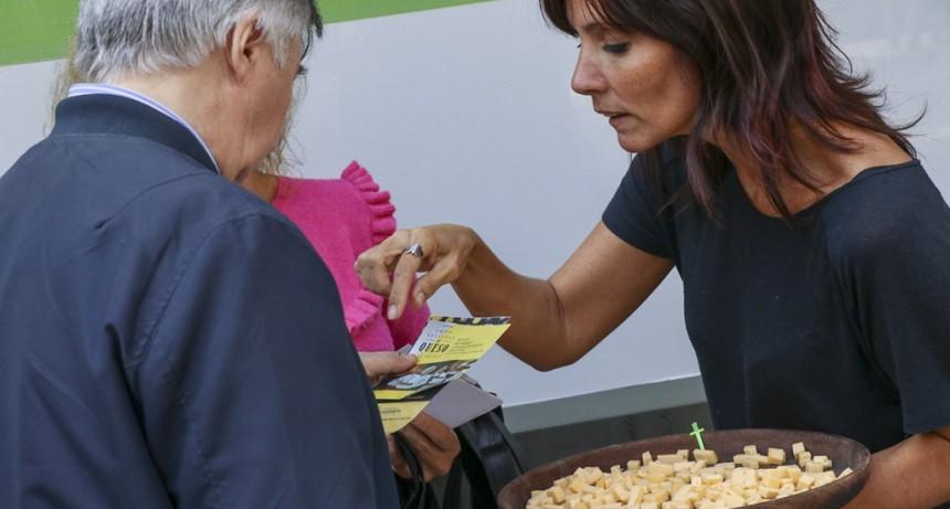 Los días martes 19, miércoles 20 y jueves 21, el festival del queso se traslado a la  Casa de La Provincia