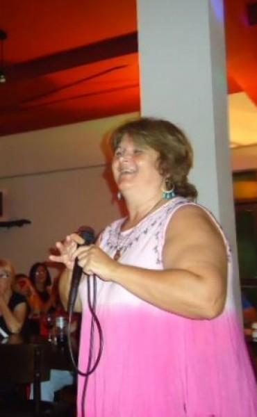 Ya se saben los nuevos ganadores de la 2ª edicion del Karaoke y que cantaran el Jueves 30 de Abril