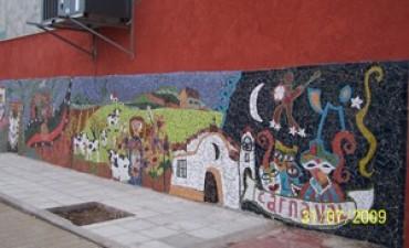 Se desprende el mural ubicado en la Estación Terminal de Ómnibus