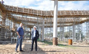 JUNIN: Comenzaron a techar la nave principal de la futura terminal de ómnibus