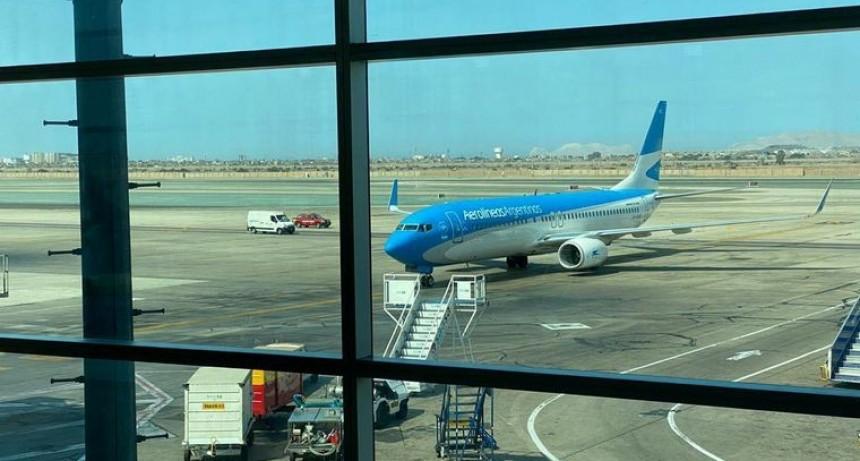 Aerolíneas retoma vuelos para repatriar a argentinos varados