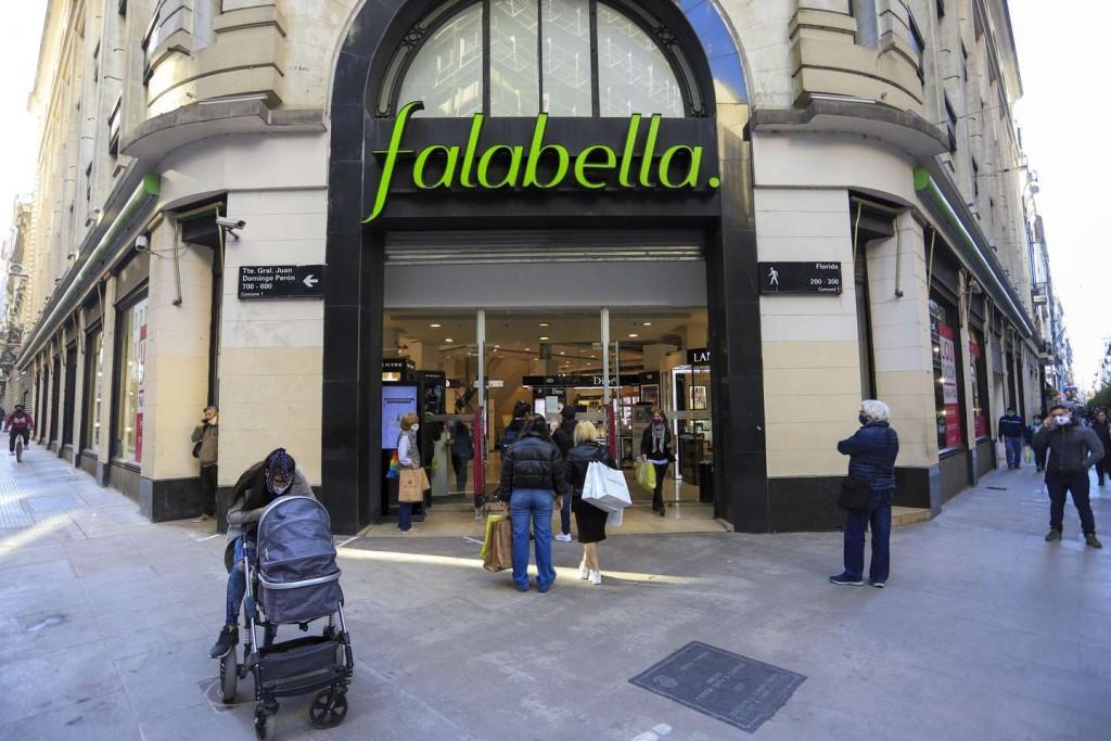 Falabella cierra sus últimos tres locales en la Argentina