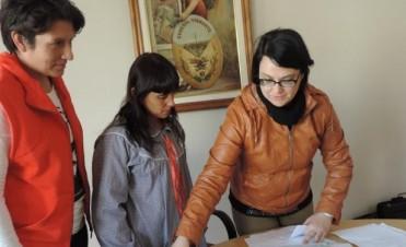 El Intendente Javier Mignaquy distribuyó parte del Fondo Educativo