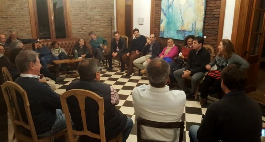 De cara a la Convención Provincial, el radicalismo de la Cuarta se reunió en Lincoln