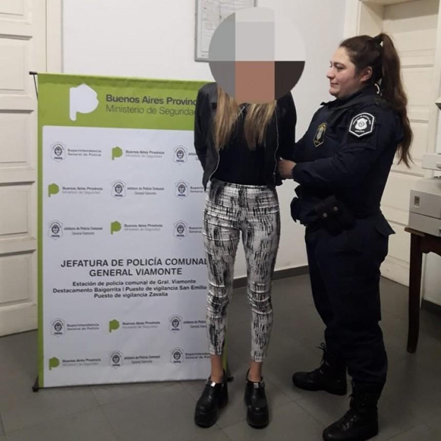 LOS TOLDOS: Desafectan a una mujer policía que en estado de ebriedad participó de una pelea