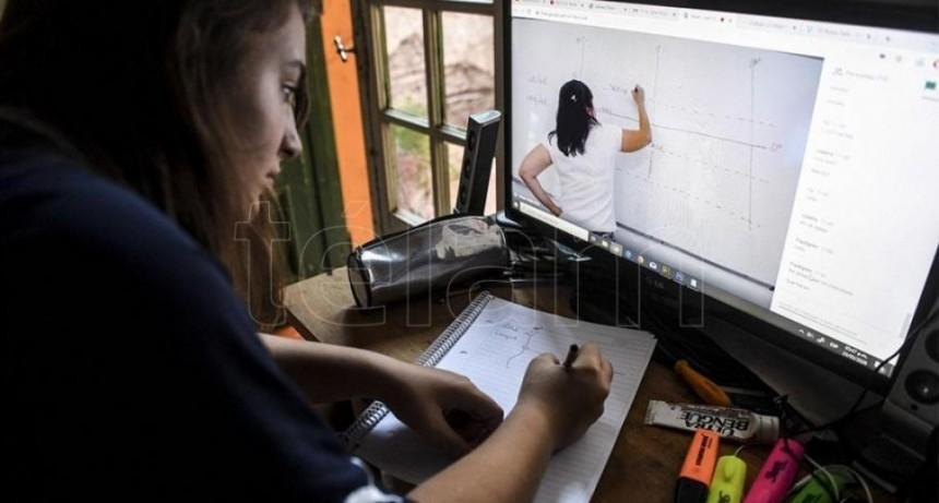 Presentan un programa para fortalecer los vínculos entre docentes, estudiantes y familias