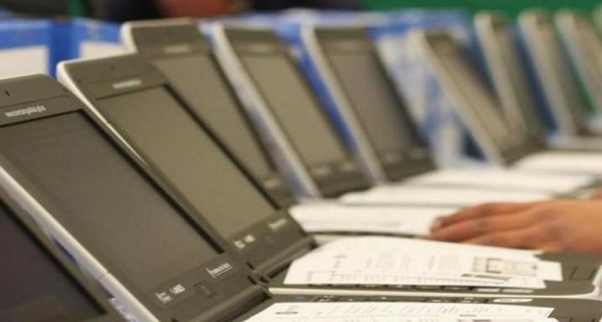 El Gobierno comprará 70.000 notebooks para reducir la brecha digital en tiempos de pandemia