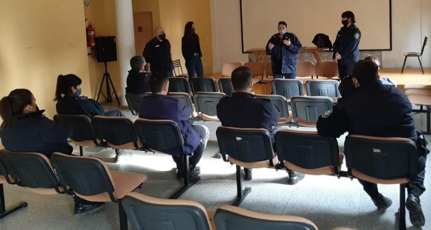 Policía de Seguridad Comunal LOS TOLDOS| Reciben distintas capacitaciones