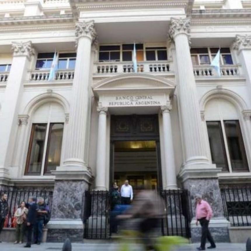 Panorama económico |  Bancos deberán ofrecer tasa mínima del 30% en plazos fijos