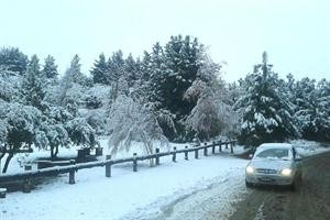 Bariloche amaneció blanca luego de la primera gran nevada de la temporada