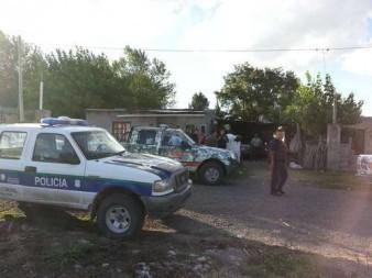 Tras dos allanamientos policiales donde buscaban partes de una moto de Los Toldos, incautan drogas en Carlos María Naon