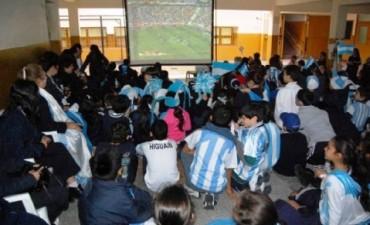 ¡Vamos Argentina! Sin interrupción de clases: en la Provincia, los partidos de la Selección se verán en las escuelas
